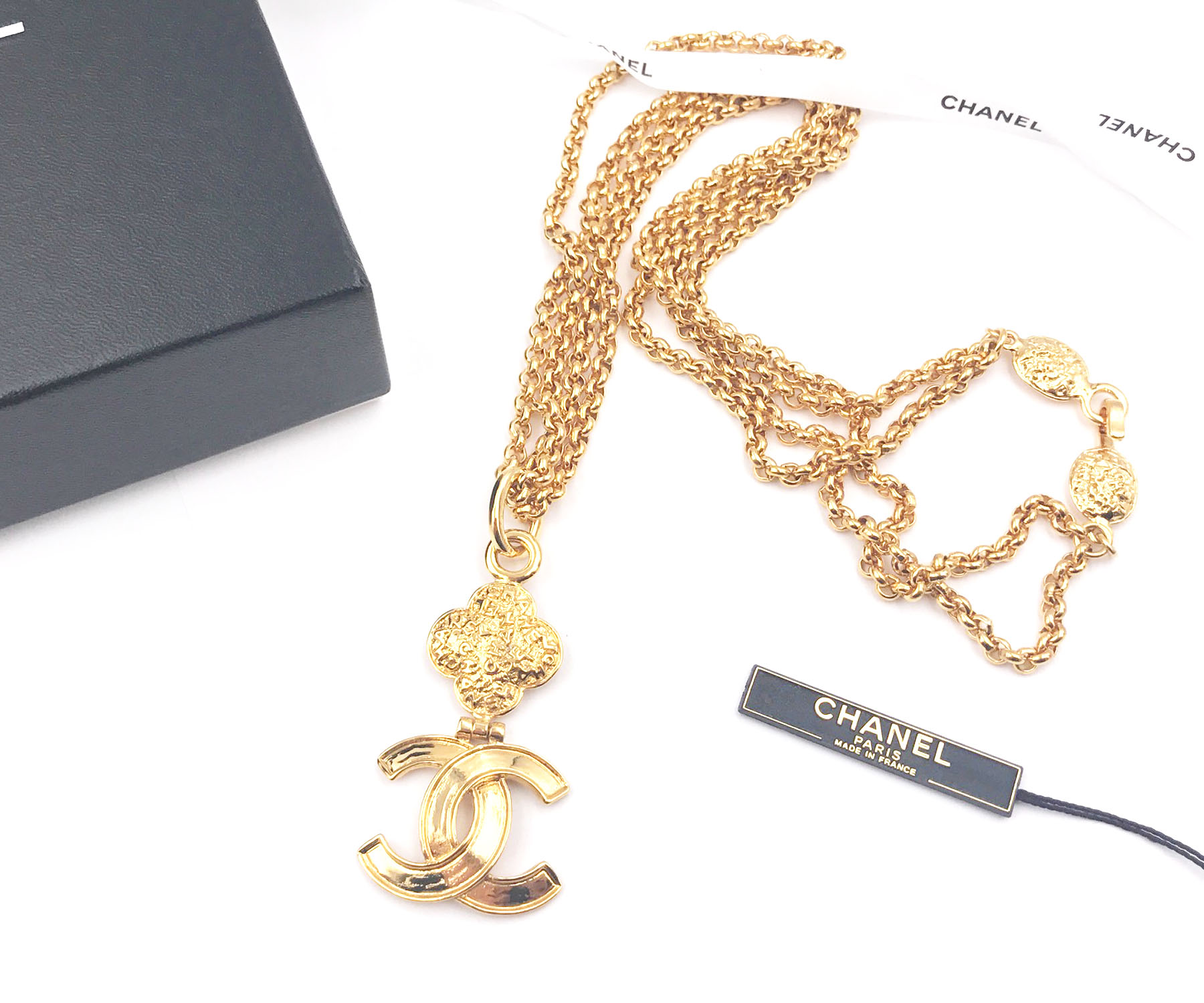 Chanel vintage 24k gold plated cc texture double chain - Vintage chanel ...