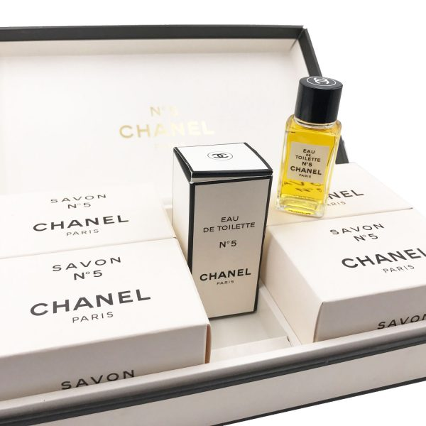 Chanel No.5 Perfume Soap Large Gift Set