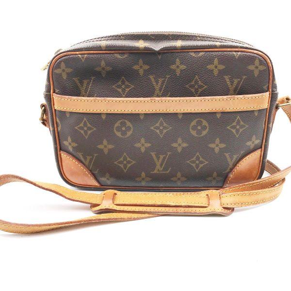 d853404abbc0 Louis Vuitton Monogram Trocadero 23 Cross Body Bag - LAR Vintage