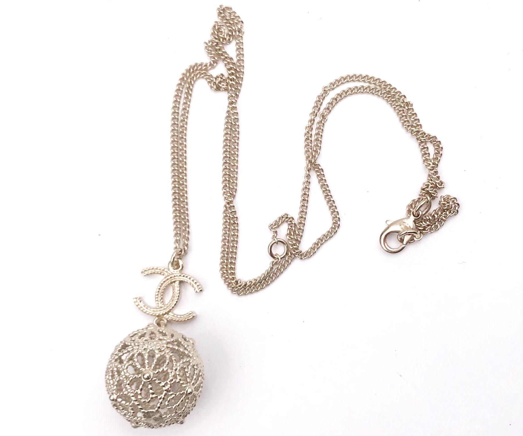 Chanel Brand New Gold Cc Robe Filigree Ball Necklace Lar