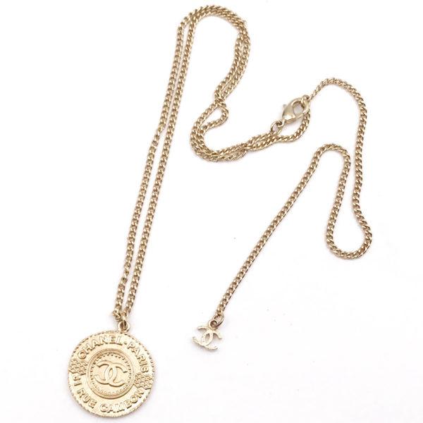 Chanel Gold Medallion Coin Pendant Necklace Lar Vintage