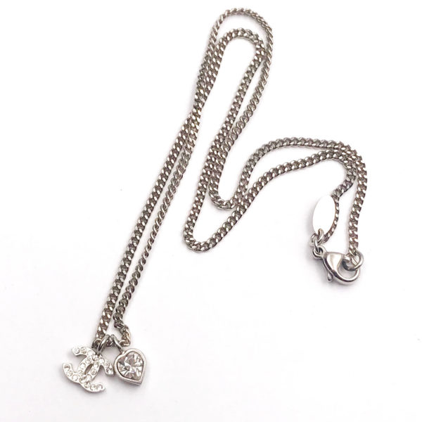 Chanel Silver Cc Heart Crystal Pendant Necklace Lar Vintage