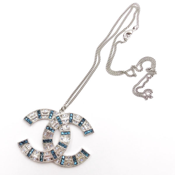 Chanel brand new 17 silver cc light blue crystal large pendant chanel brand new 17 silver cc light blue crystal large pendant necklace aloadofball Choice Image