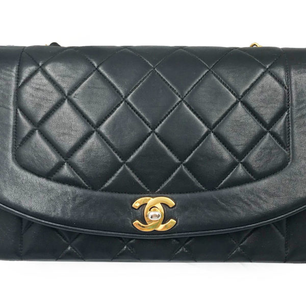 321700ffe36b6 Chanel Vintage Classic Black Lambskin Diana Single Flap Shoulder Bag ...