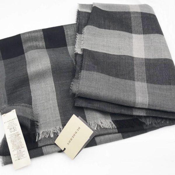00960ad5bf4a Burberry Brand New Classic Grey Plaid Long Scarf - LAR Vintage